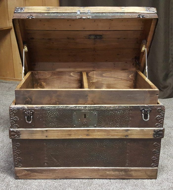 Diy Toy Box Treasure Chest From Antique Steamer Trunk Diy Toy Box Antique Steamer Trunk Toy Boxes