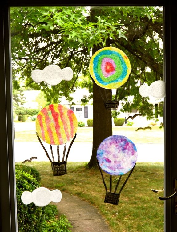Hot Air Balloon Window Display - From Inner Child Fun-cute craft and general tips for window displays