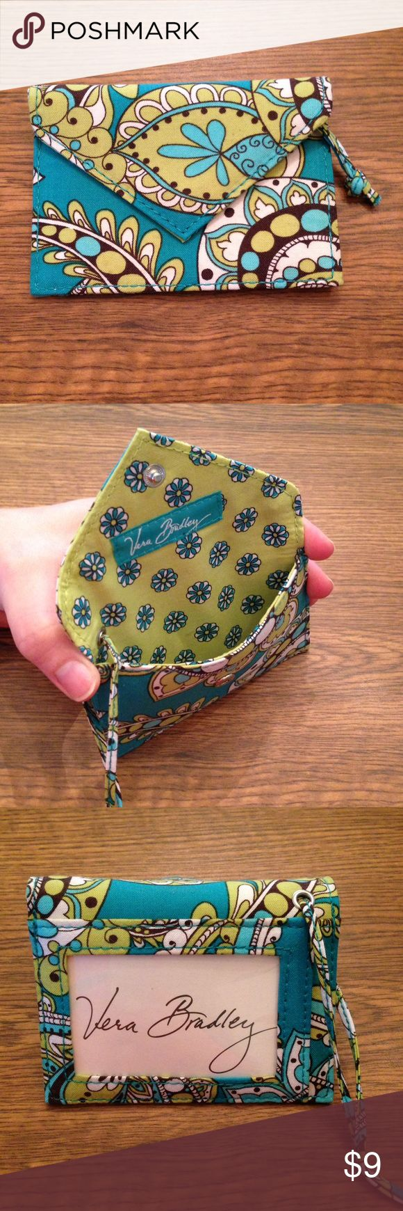 """NWOT Vera Bradley luggage tag Vera Bradley luggage tag in Peacock pattern. Measures 4"""" x 3"""" x 1/2"""". Has thin strap to attach to luggage. Card pocket on the outside to put name/address. Vera Bradley Bags Travel Bags"""