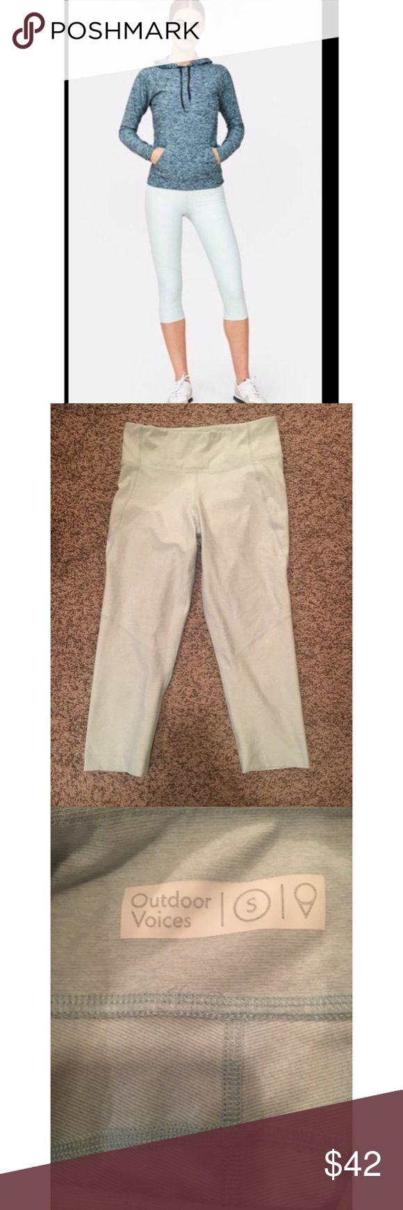 Outdoor Voices Kneecap Legging in Mint Outdoor Voices kneecap legging.  Color is mint Outdoor Voices Pants Capris