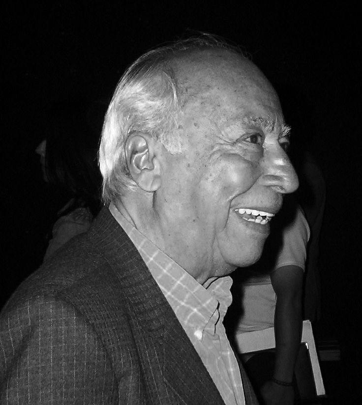 Elmo Valencia