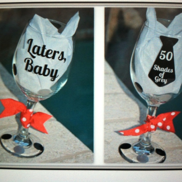 50 shades of Grey wine glass... I can't wait to drink out of mine ;): Grey Wine, 50 Shades Of Grey Drinks, Blushes 50, Christian Grey, Books Worth, Fifty Shades, Wine Glasstumblercustom, Favorite Books, Wine Glasses