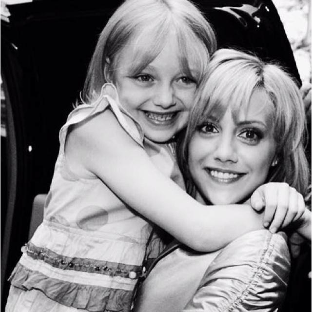 Dakota Fanning & Brittany Murphy