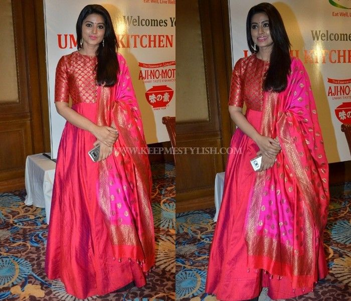 how to style pink anarkali dress