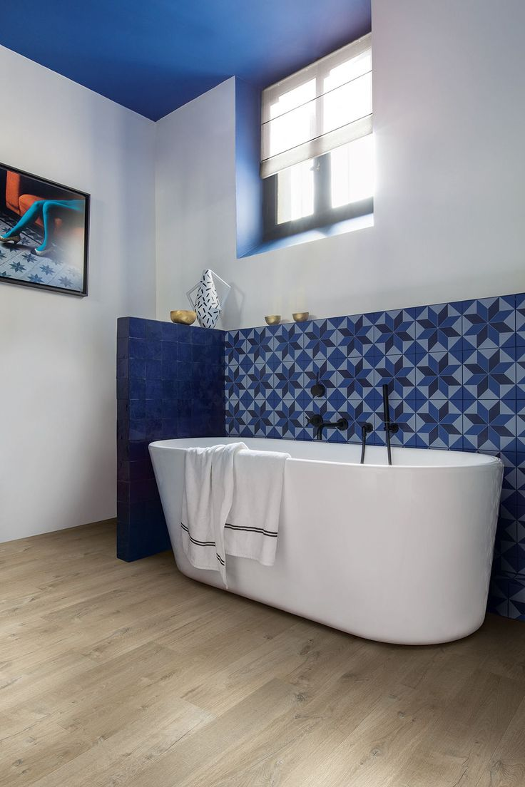 37 best Classic interiors images on Pinterest   Bathroom, Bathroom ...
