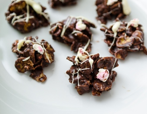 Marshmallow-Schokolade-Cornflakes-Häppchen