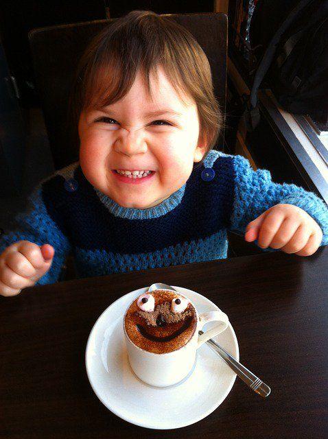 Le bonheur en citations pour toute la famille avec heureux synonyme!  #bonheur #famille #sourire #rire #repas #bébé #enfant #baby #kid #smile #happy #bonappetit #heureux #synonyme #heureuxsynonyme http://www.ullist.com/heureux-synonyme.html