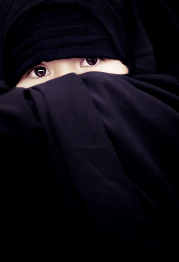 islamVd Berg, Annemarie Rulos