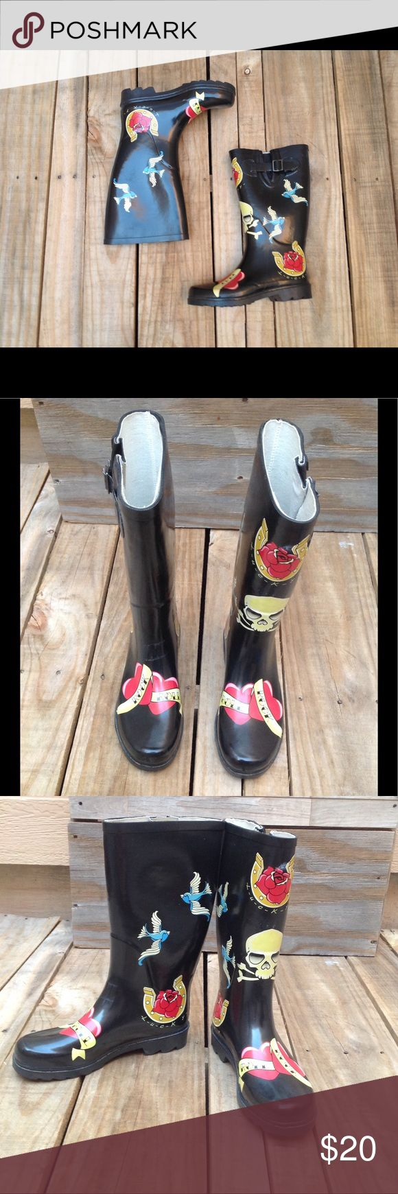 Lucky Brand Rockabilly Skull Wellies Rain Boots Lucky Brand Black Rubber Rain Boots or Wellies Rockabilly Tattoo Look with Skulls, Blue Birds Swallows, Horseshoe, Hearts. Skull is Only on The Left Boot. Fits One Size Small, Size Is An 8 BUT Fits As A Size 7 May Fit a 7 1/2!!! Gently Loved! Lucky Brand Shoes Winter & Rain Boots