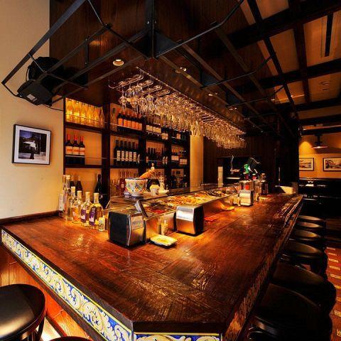 カンティーナ シチリアーナ Cantina Siciliana 銀座(銀座/イタリアン ... 1階は気軽にお越し頂けるるように、カウンター席とテーブル席