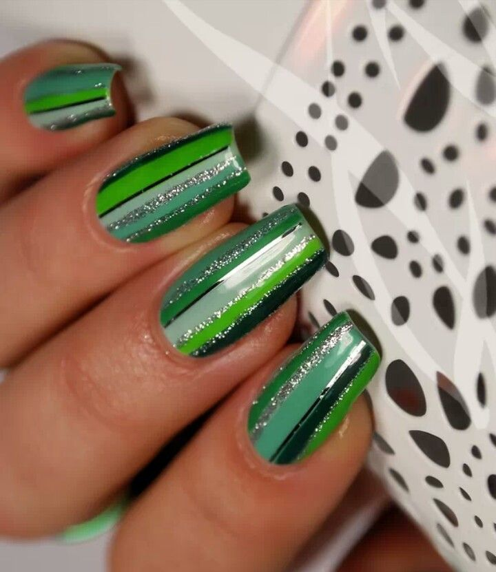 Mejores 38 imágenes de Stripe Nails! ♥ en Pinterest | Diseños de ...