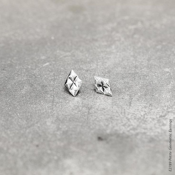 #miglio Petite Geometric Earrings - Petite diamond-shaped stud earrings in burnished silver plating