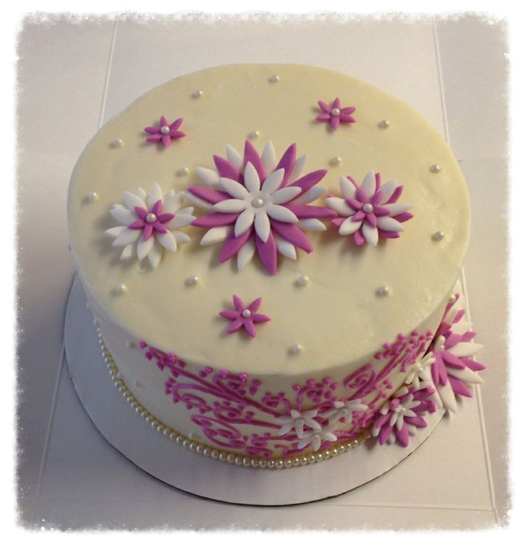 34 best Cakes images on Pinterest Beautiful cakes Elegant