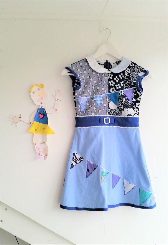 Girls Blue Dress, Peter Pan Collar, White collar Dress Girls dress, Girls dress size 7, Blue and White, Upcycled Dress, Floral Dress MevrouwHartman https://www.etsy.com/shop/MevrouwHartman  http://www.mevrouwhartman.nl/