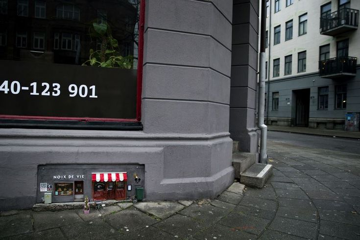 Dans les rues de Suède, il y a des petits restaurants spécialement conçus pour... les souris : c'est trop mignon !