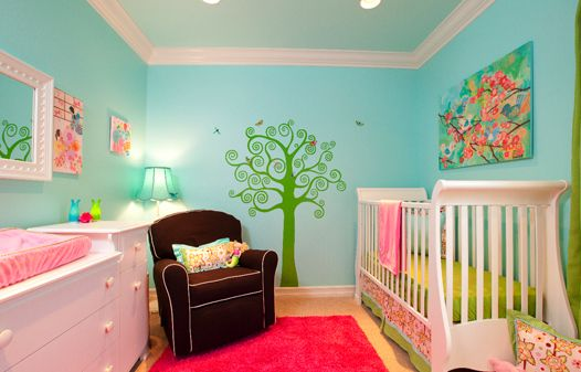 love the bright colors: Babies, Girl Nurseries, Colors, Baby Girls, Baby Rooms, Girls Nurseries, Nurseries Ideas, Girls Rooms, Kids Rooms