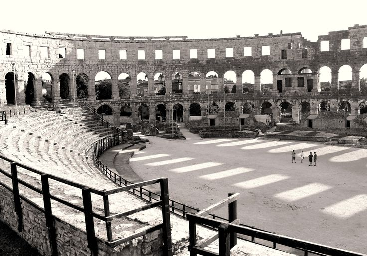 Roman Colosseum in Pula! So well preserved that you can imagine the gladiators fighting and the crowds roaring.