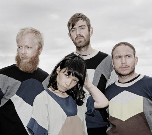 We love Little Dragon. Listen to and download Dafusia's amazing remix of Klapp Klapp! http://fingersonblast.com/blog/2014/3/28/we-love-little-dragon-listen-to-this-dafusia-remix-of-klapp.html