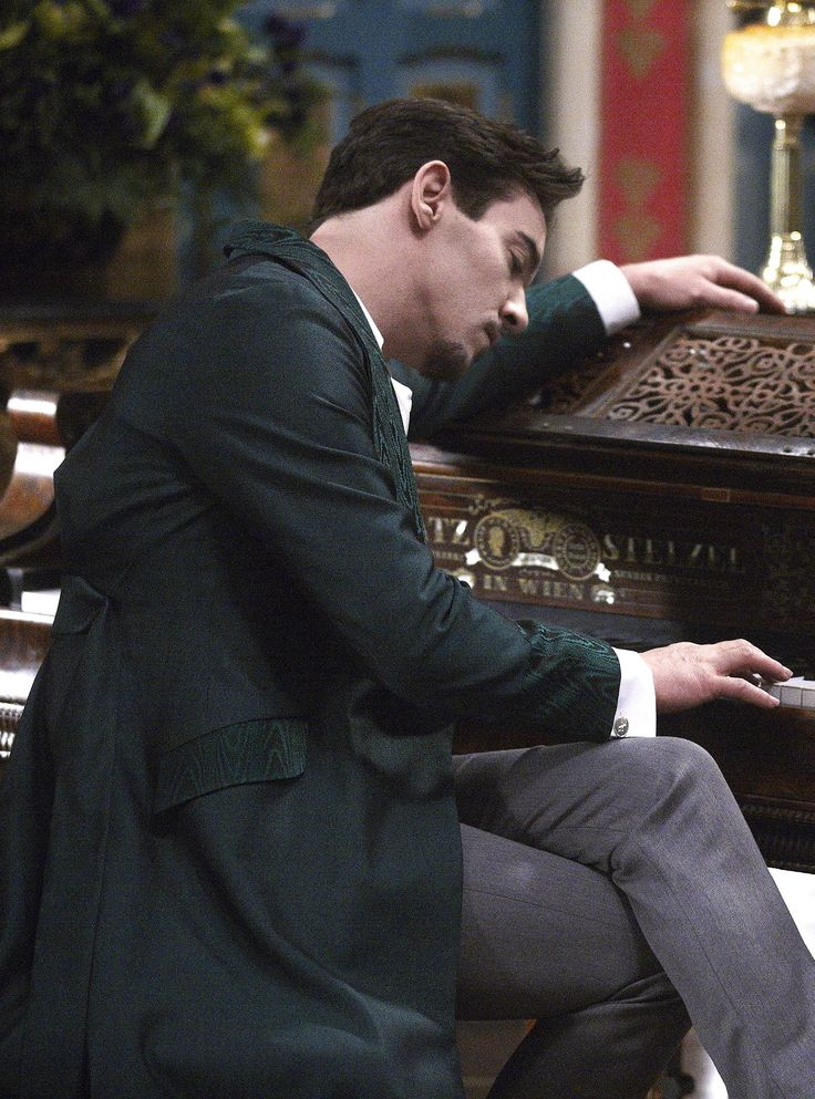 Jonathan Rhys Meyers in the title role of Dracula (TV Series, 2013).
