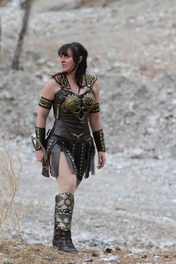 Please read full description before purchasing.  This is for the Full Xena Warrior Princess Costume. This costume is Custom, hand made from scratch to fit your measurements! Once you place your order, we will provide you with measurement charts to custom make the costume for you.  This