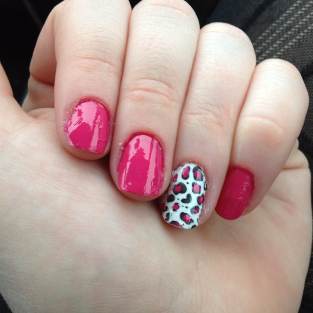 Pink and leopard mani! Nails by Michelle. If they were a little neater they would be perfect.