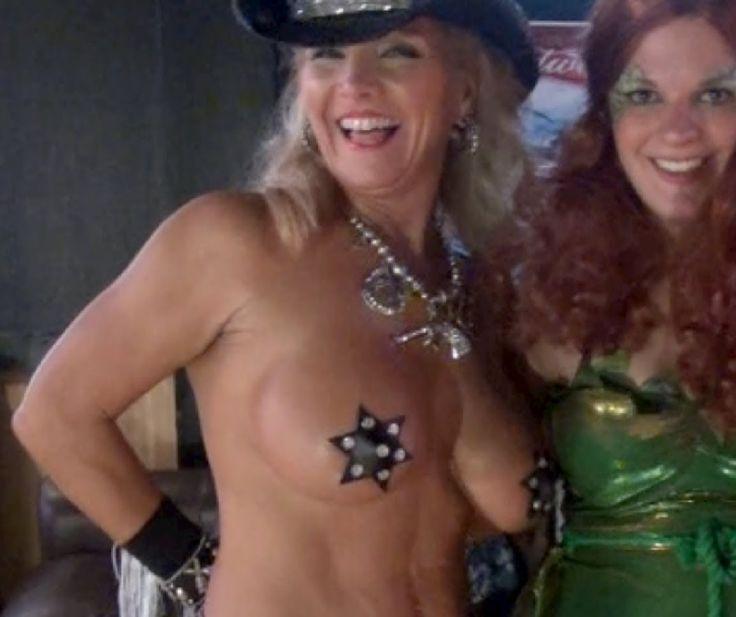 New zealand girl auctions virginity