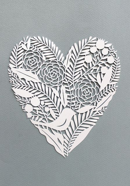 Heart paper cut | Flickr : partage de photos ! << seen on Pinterest, loved and repined by Craftseller www.craft-seller.com.