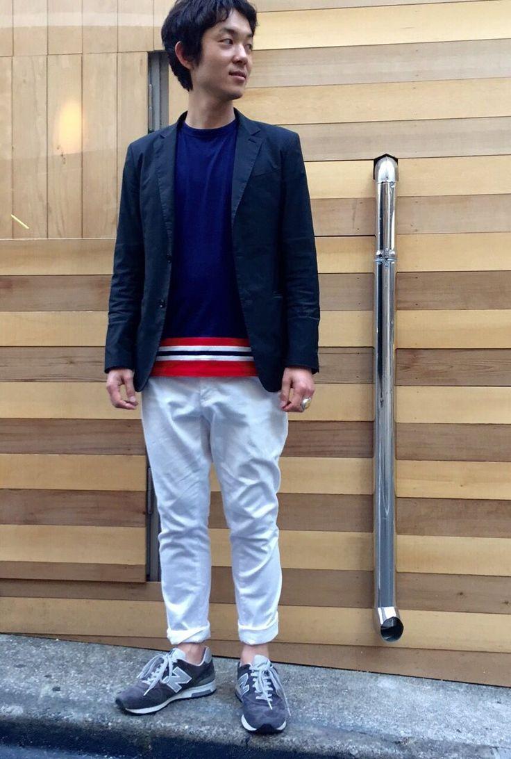 ジャケット白パンスタイル ジャケット白パンスタイルにインナーにラインTシャツの提案