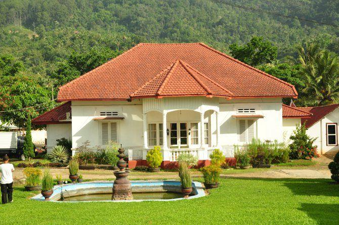 Rumah di Sawahlunto. https://pecintawisata.wordpress.com/2011/09/02/melihat-kejayaan-batubara-di-sawahlunto/