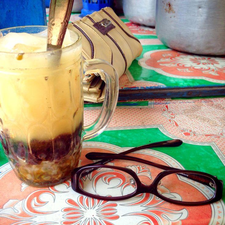 Glasses Journey with Es Dawet (javanese cold beverage)