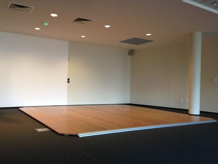 renovateur parquet vitrifi blanchon rnovateur satine with renovateur parquet vitrifi parquet. Black Bedroom Furniture Sets. Home Design Ideas