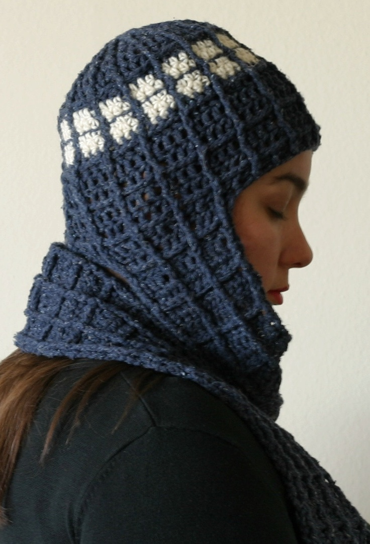 TARDIS-inspired Hat & Scarf Crochet Pattern - Doctor Who Inspired Gee?