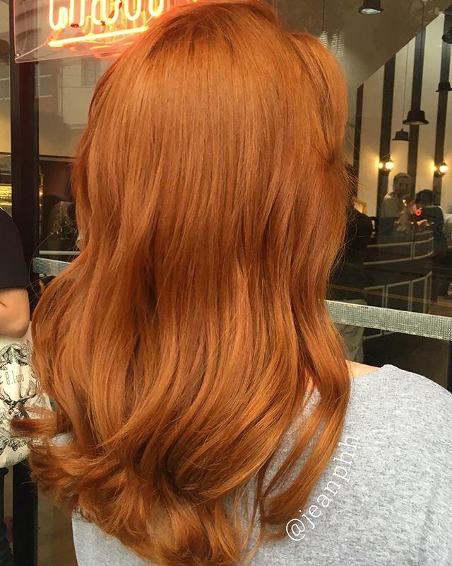 Finalmente voltamos com força total por aqui! Cadê minhas ruivas? Bora mostrar ruivo perfeito pra esse povo? Lembrando que estou atendendo aqui no Circus Augsuta mas agora em novo horário, das 12:00 às 21:00. O salão já está funcionando normalmente então pode ligar e agendar seu horário! #ginger #gingerhair #ruiva #ruivodossonhos #haircolor #redhead #redhair