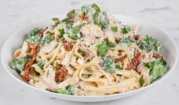 Creamy Chicken & Broccoli Pasta