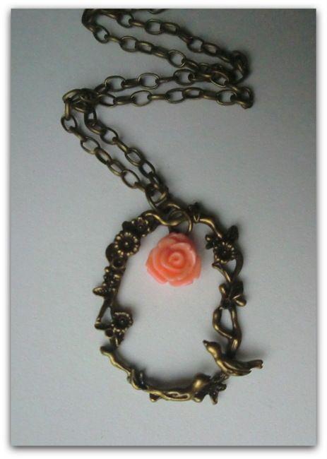 Birds - necklace handmade by Miss Daisy