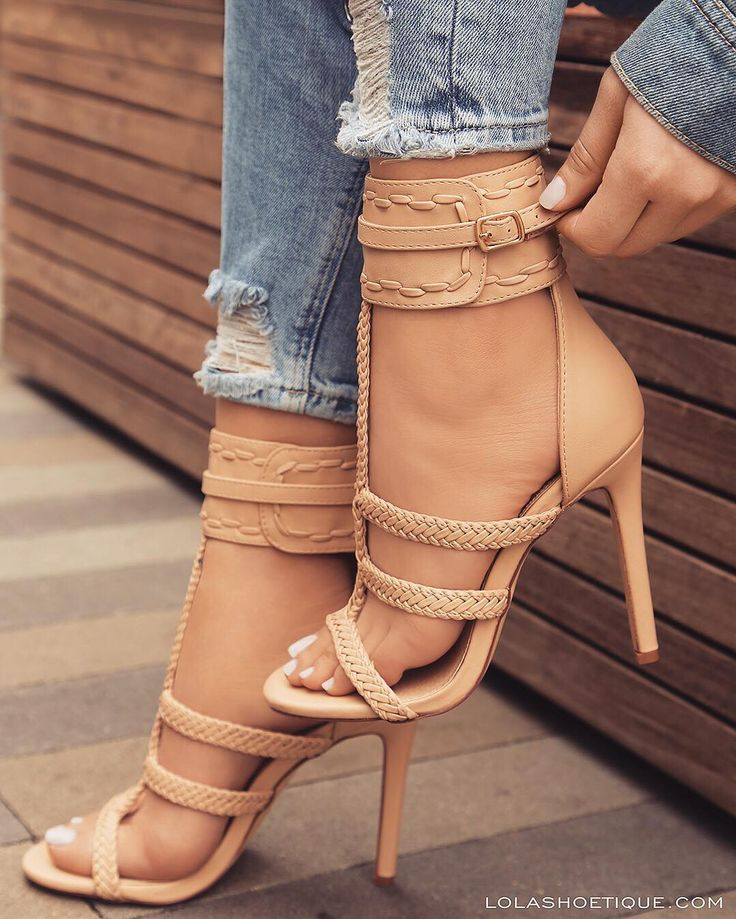 There is something about nude sandals and shoes that's very sexy. www.ScarlettAvery.com
