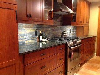 cherry cabinets slate backsplash ubatuba granite backsplash