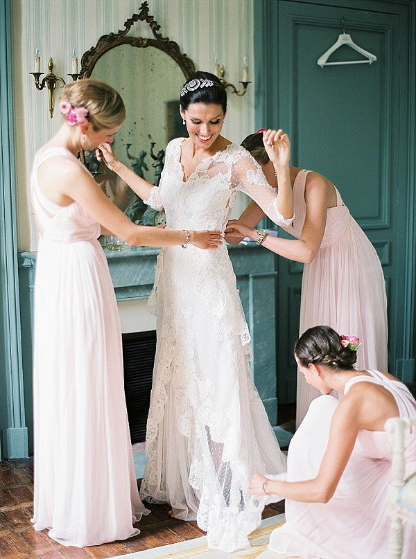 Bride getting ready for wedding   Image by Peaches & Mint Photography