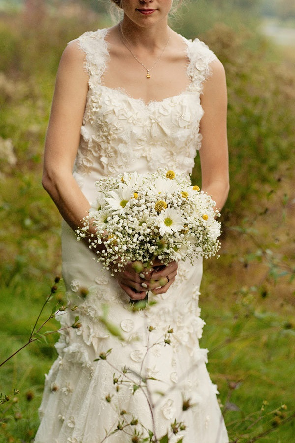 Gown by Watters.com  Photography by bobbiandmike.com