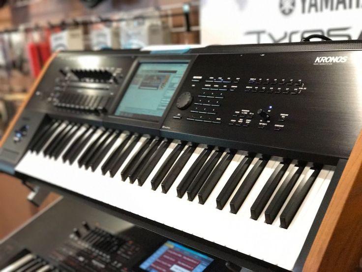 Korg Kronos 2 61 key synthesizer sampling workstation keyboard