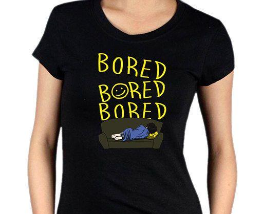 Hey, diesen tollen Etsy-Artikel fand ich bei https://www.etsy.com/de/listing/155076283/gelangweilt-sherlock-t-shirt
