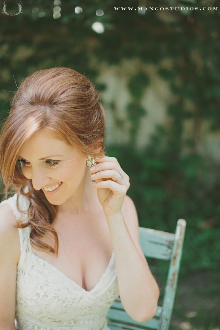 #earring #jewellery #accessories #bride #gown #hair #weddings #mangostudios #summer photography by Mango Studio