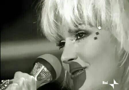 """Rettore al Festival di Sanremo 1986, dove cantò la canzone """" Amore Stella """"."""