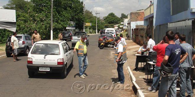 Receita Estadual realiza fiscalização do IPVA - http://projac.com.br/noticias/receita-estadual-realiza-fiscalizacao-ipva.html