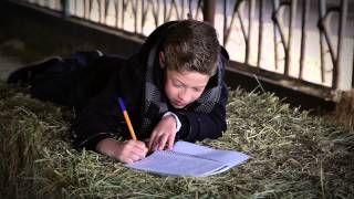 Carta a los Reyes Magos por Pedro Fernández. Un niño escribe una carta a los Reyes Magos pidiendo lo que más ilusión le hace: ser ganadero como su padre y como su ...