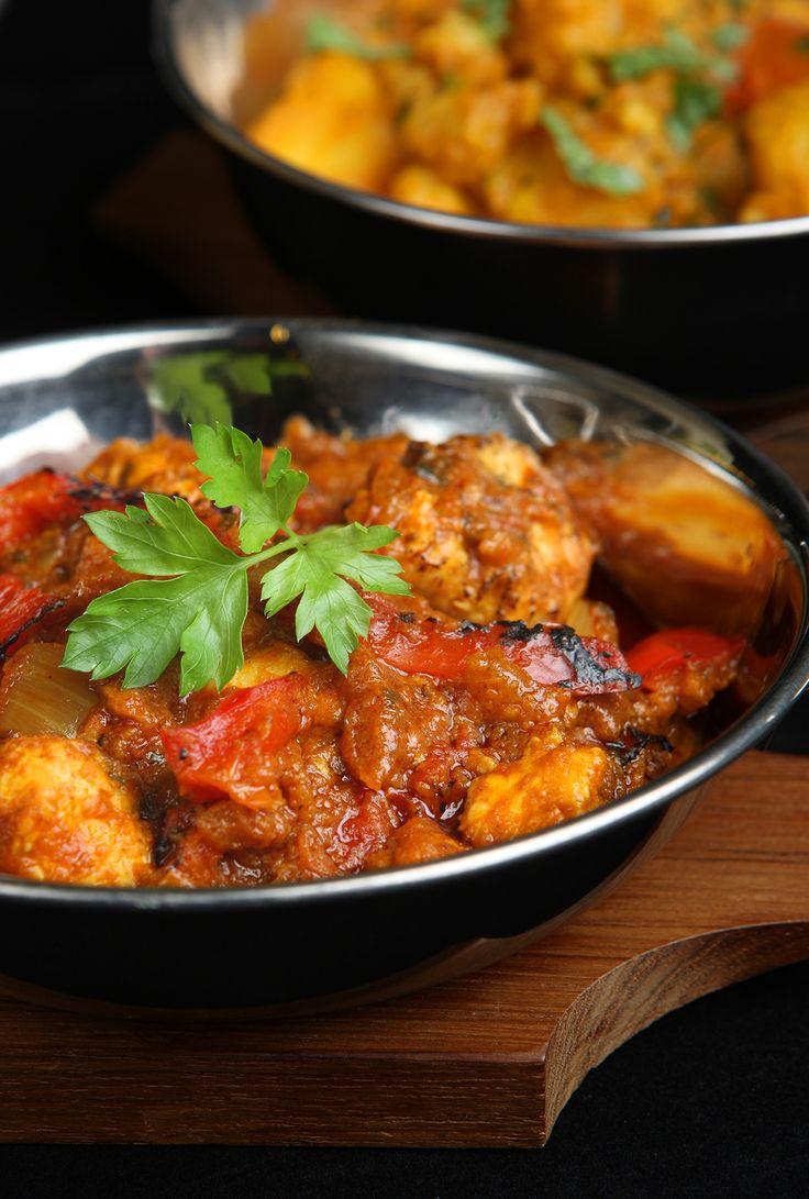 Découvrez les recettes Cooking Chef et partagez vos astuces et idées avec le Club pour profiter de vos avantages. http://www.cooking-chef.fr/espace-recettes/viandes-et-volailles/curry-de-poulet-aux-legumes-dhiver