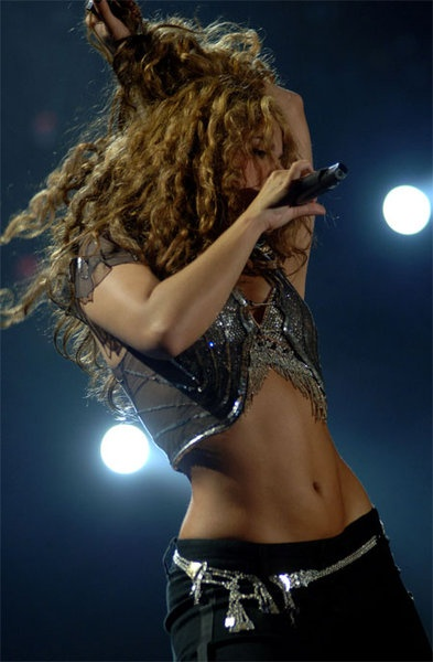Shakira~ she knows how to workout :)