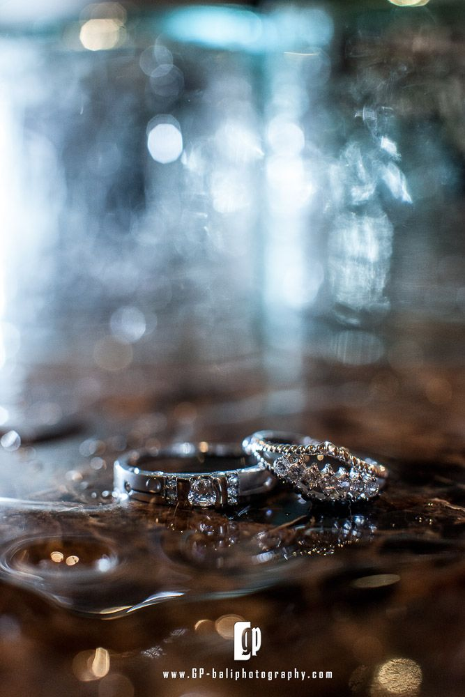 We never forget to capture all details for your wedding. This wedding ring picture will talk about it.