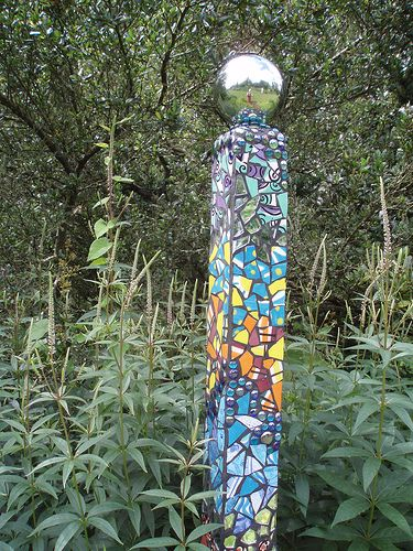 garden pillar -great at the corner of the garden or a raised bed