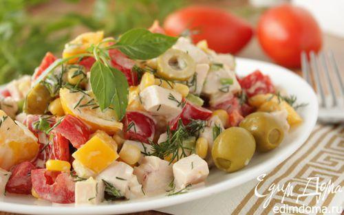 Хрустящий овощной салат с копченой куриной грудкой | Кулинарные рецепты от «Едим дома!»